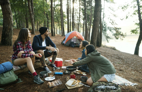 friends_camping